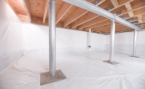 Crawl space structural support jacks installed in Dixon